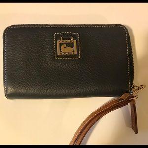 Dooney & Bourke navy pebbled leather zip wallet